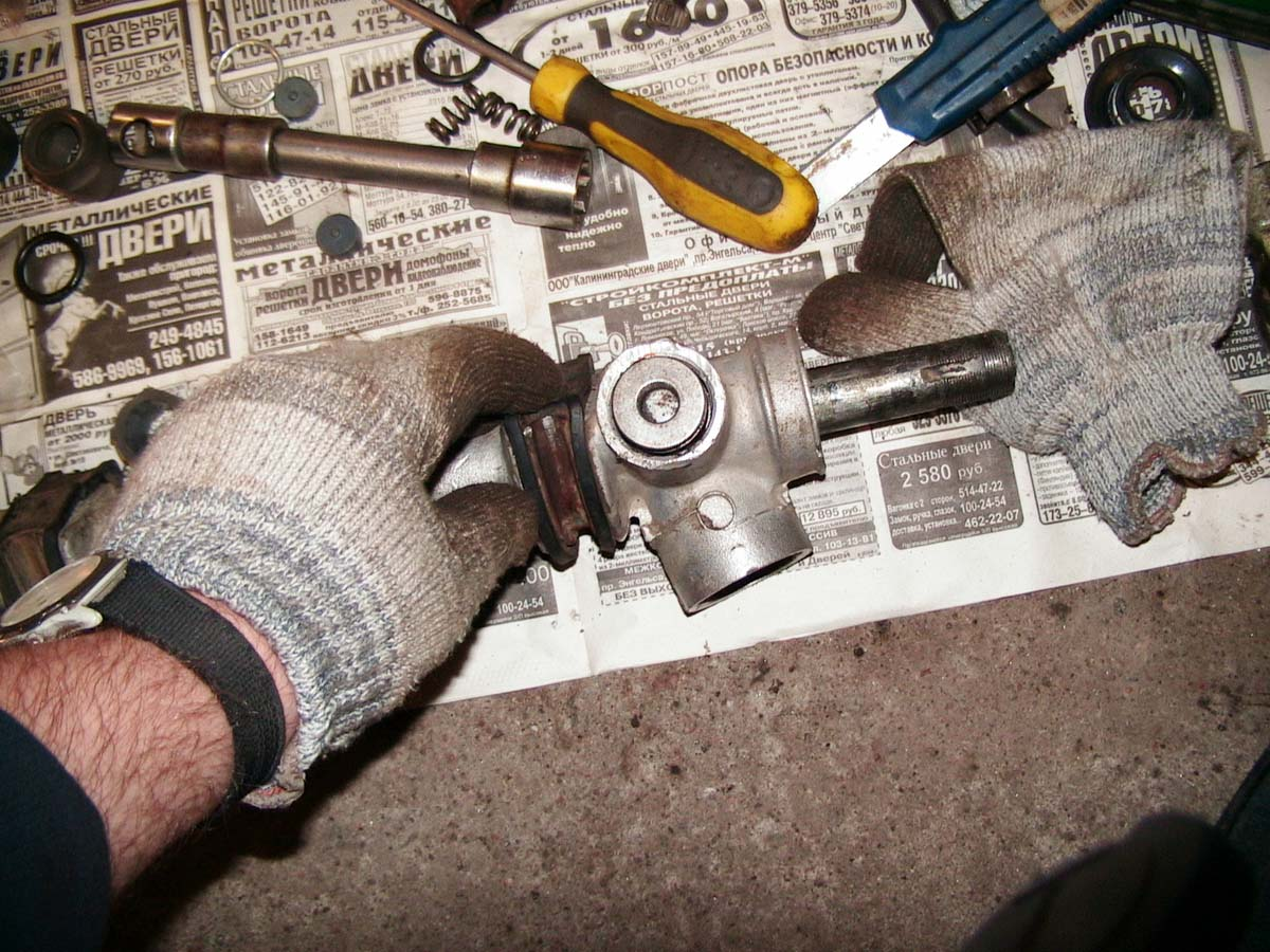 Замена рулевой рейки на ВАЗ 2110 своими руками: инструкция по 68